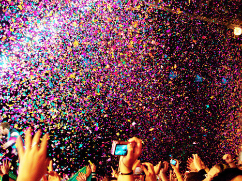 colour-concert-confetti-new-year-party-Favim.com-133904_large